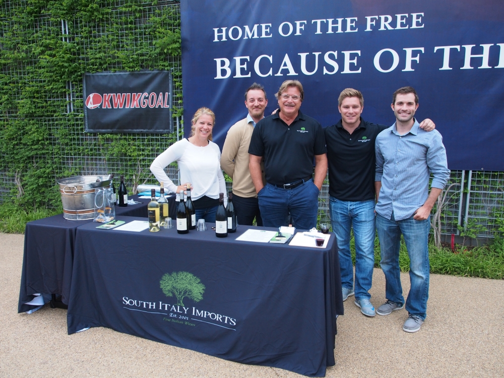 South Italy Imports Wine sponsoring Knox Hamilton: Thursday, June 18, 2015